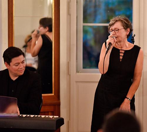 Marie Deutscher und Carly Quiroz